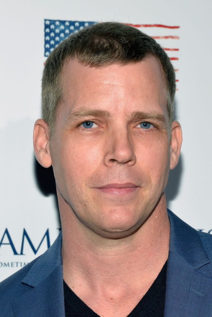Tim Griffin Joins 'Central Intelligence'; Alexandra Daddario In For 'The Layover'