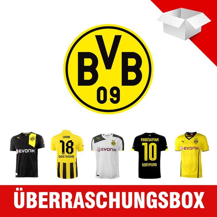 Ein absolutes Muss für jeden Borussia Dortmund-Fan! Hier erhältst Du 5 Puma Borussia Dortmund Trikots in Deiner Größe! Ein toller Mix aus den verschiedensten Trikots der letzten Jahre zu einem fantastischen Preis! Jedes Trikot ist mit einem Original Spielerflock veredelt!Lass Dich einfach überraschen! Hinweis: Bitte beachten Sie, dass die sich im Paket befindenden Trikots als Set verkauft werden und nicht einzeln retourniert werden können.