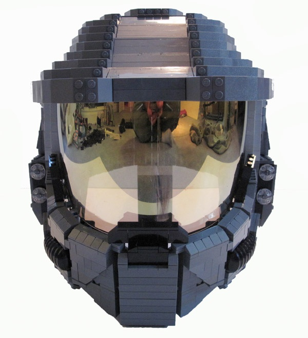 Uhoh! Me and Phoenix might have to try to build this!  Lego Halo 3 wearable helmet.