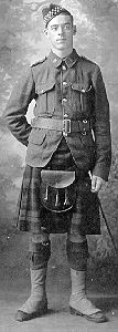 This soldier of the 173rd Highlanders is wearing the 1903 service tunic, of the doublet cut as issued to Scottish regiments. The kilt would be worn with a fabric cover to hide the bright colors when on campaign. The Glengarry hat was eventually replaced by the steel shrapnel helmet and the cloth gaiters worn over the boots were replaced by cloth puttees. The leather pouch (sporran) would not be worn on campaign.