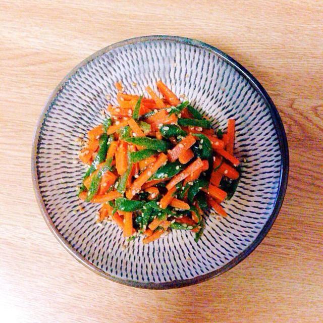 来週のお弁当用。 簡単で色鮮やかで美味しい♡ - 29件のもぐもぐ - ピーマンと人参のナムル by hitopipi