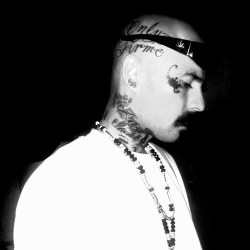 Cholo Tattoos Face: Face Tattoo Scorpion Cholo