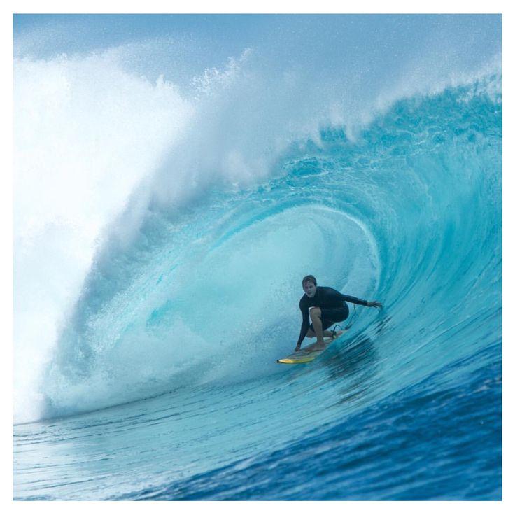 The Boss @beaupilgrim getting the job done in Fiji 🇫🇯🌴 #topheads #topheadscrew #eyewear #barrel #surf #surfing #fiji #island #wave #namotu #bula #travel #awesome #bondibeach #bondi #sunglasses #australia www.topheads.com.au