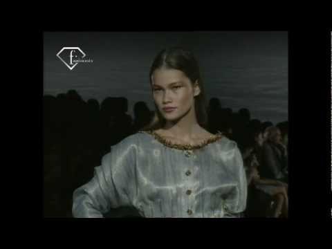 fashiontv | FTV.com - MODELS TRACY TRINITA FEM AH 99/2000