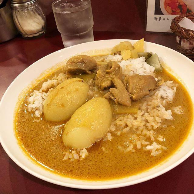 チキンカレー 今日の気分はコレ美味しい #カーマ #カレー #curry #神保町