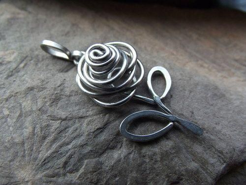 Wire wrapped rose flower pendant.Craft ideas from LC.Pandahall.com