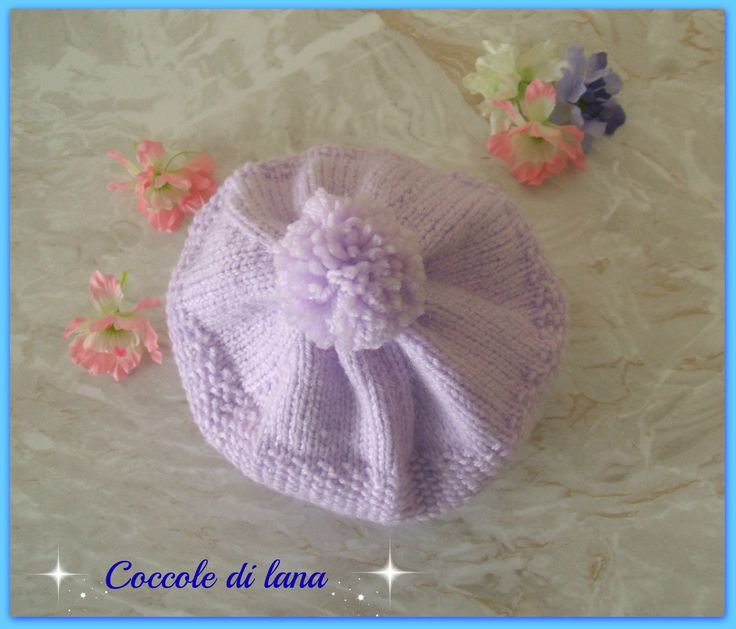 """Handmade hat for baby girl, age 10-12 months; hand-knitted. Search for it in the store """"Coccole di lana"""" on www.misshobby.com"""