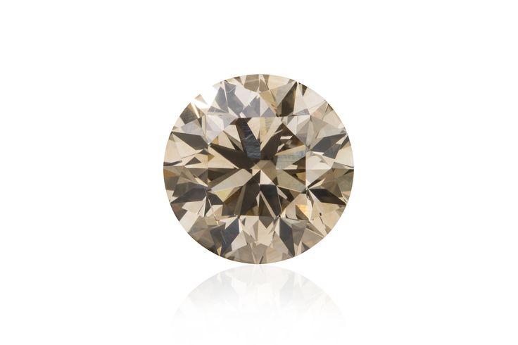 Round Brilliant Cut Argyle Origin Diamond