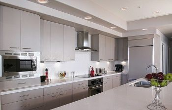The appliances you choose for your kitchen remodel is extremely important; not just for how your kitchen looks, but also for how it functions.