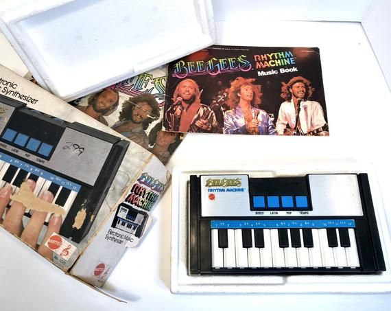 freaky little bee gees rhythm machine synthesizer and drum machine synth from 1978 with box and. Black Bedroom Furniture Sets. Home Design Ideas