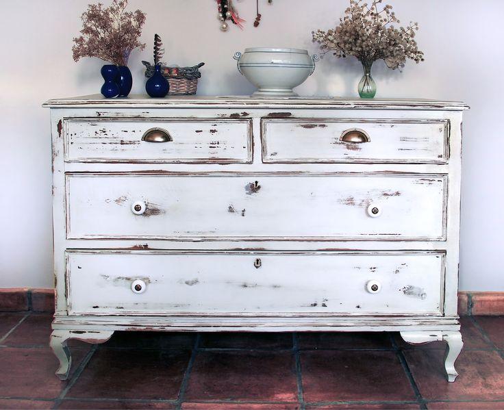 Las 25 mejores ideas sobre pintando mueble blanco en - Sillones para restaurar ...