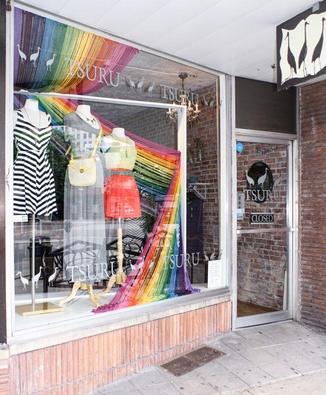 yarn shop window displays | We're in love with this bold yarn window display from Boutique Window ...