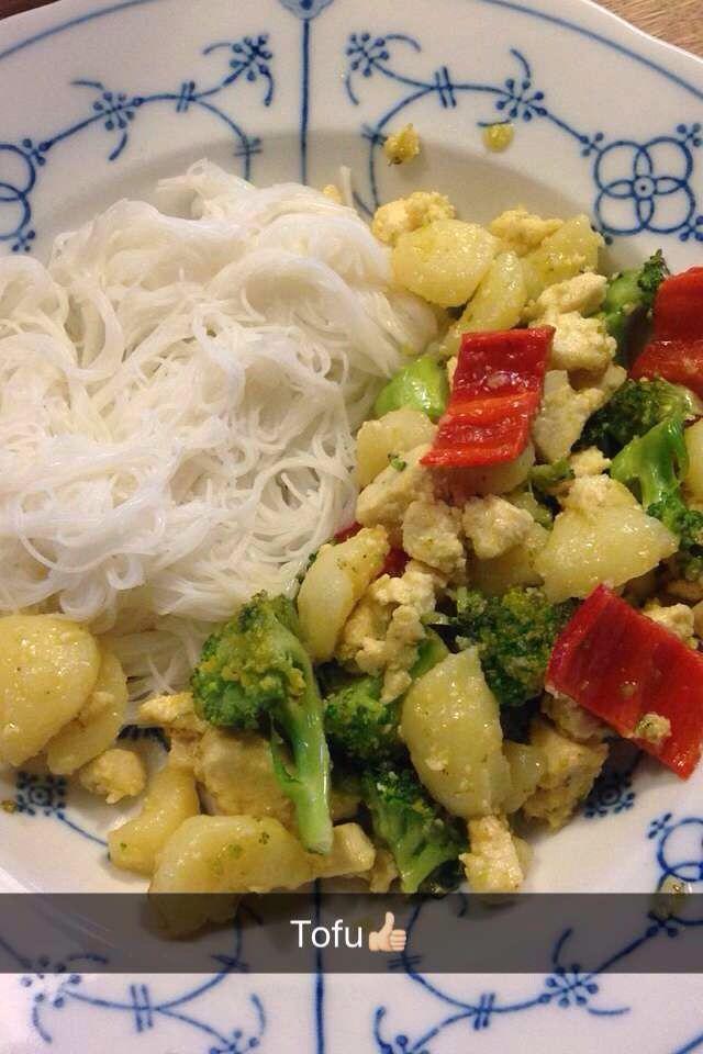 VEGAN MEAL!! with tofu!;)