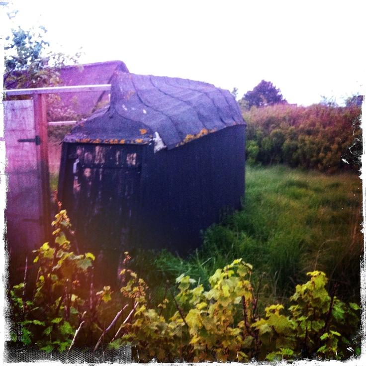 Old boat-Henhouse