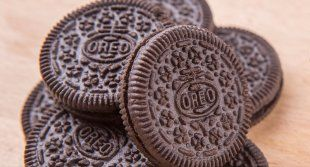 Jim Hightower: Oreo Rolling Its Cookie Factory to Mexico Nabisco plans to move an Oreo plant to Mexico, taking much-needed Chicago jobs with it. This exemplifies why corporations are making more profit and the workers are suffering.