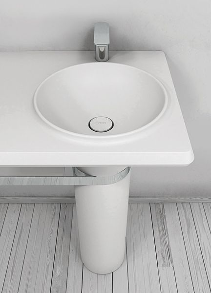 Vase is a monobloc #basin, simple visually but with the characteristic that is completed with a major dimensions worktop. #bathroom