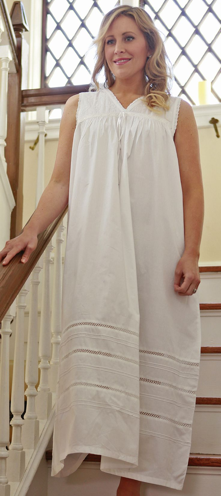 In Stitches Victorian Nightgowns Laura Nightdress 家居服。