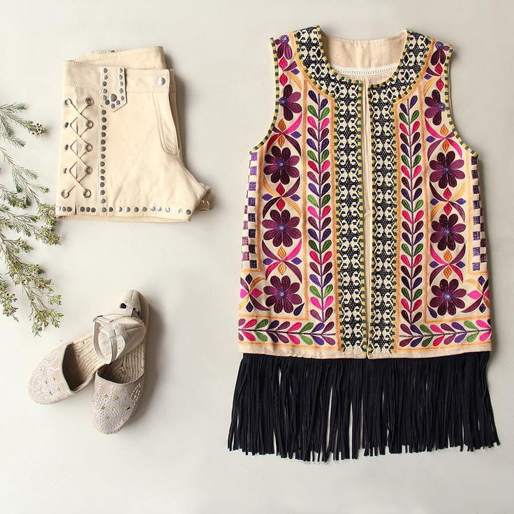 Get the look! #ootd #style #fashion #ethnic #online #instores #rapsodiacolombiaoficial