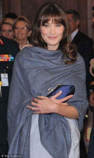 Carla Bruni with pashmina