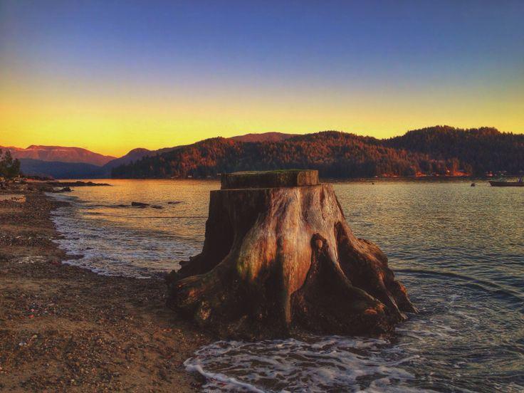 Sunshine Coast BC winter sunset #explorebc #tourismbc #sunshinecoast - jennifer picard photography
