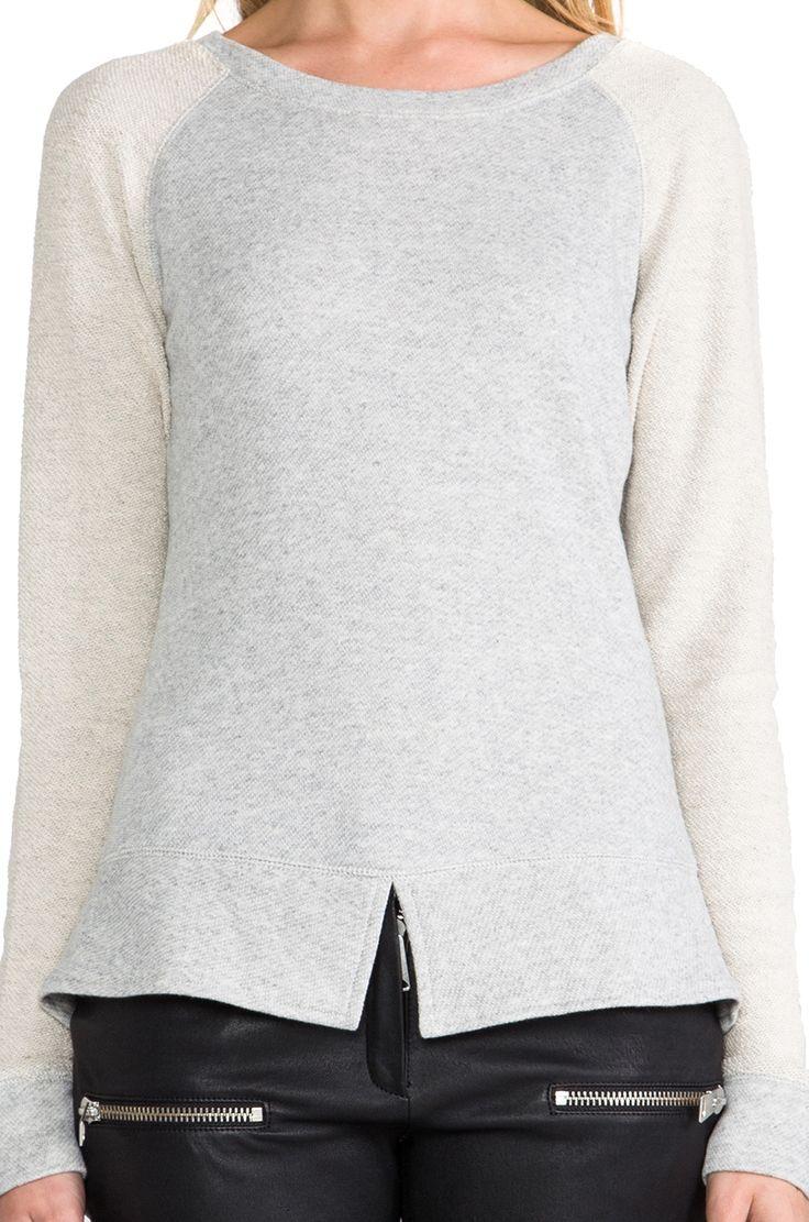 Pencey Standard Split Hem Sweatshirt в цвете Серый болотный | REVOLVE