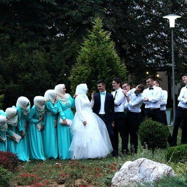 Such a cute photo!  Congrats to the beautiful bride ♥ Great choice of colours! ♥ . . . #muslimwedding #muslimweddings #muslimweddingideas #islamicwedding #nikah #nikkah #nikaah  #hijab #hijabfashion #hijabbride #hijabibride #hijabibrides #hijabbrides #hijabbeauty  #muslimbride #muslim #muslimweddingdress #weddingdress #muslimbridal #muslimbrides #modestbride #weddinghijab #bridalhijab #themodestbride #hijabwedding