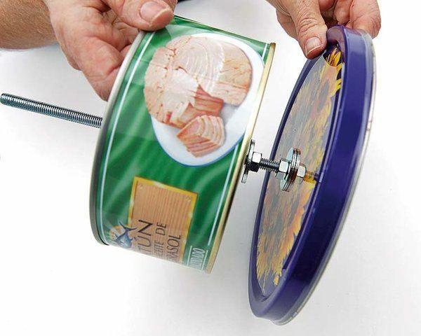 Si no quieres botar las viejas latas de galletas, mira que idea!