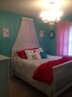 tiffany blue walls hot pink accents chandelier princess room rh pinterest com
