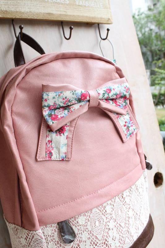 Fashion Cream Backpack with Red Floral Bow!!! ssooooo cutteeee!!!!!