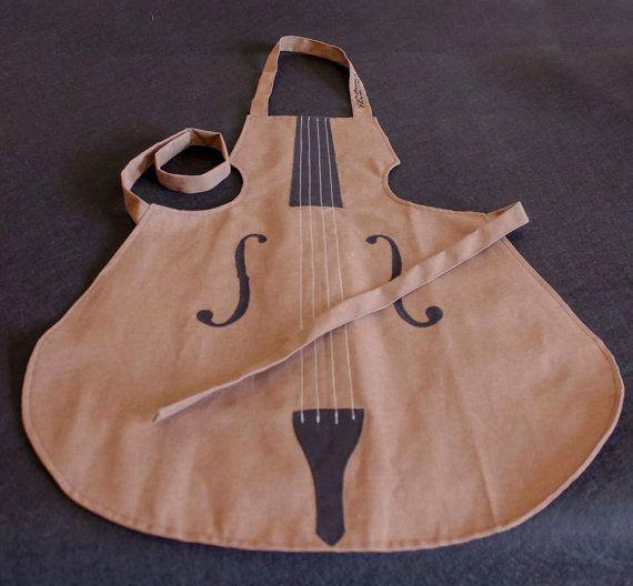 Cotton Violin shaped apron for musicians in the kitchen / Grembiule in cotone a forma di violino, per i musicisti in cucina! In vendita su Etsy!