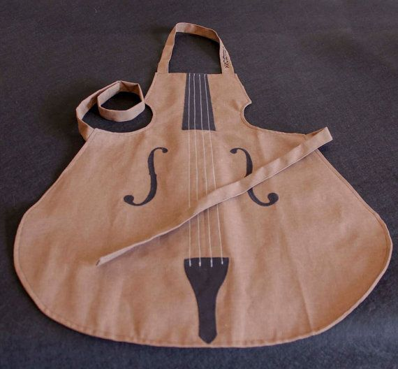 Cotton Violin shaped apron for musicians in the kitchen / Grembiule in cotone a forma di violino, per i musicisti in cucina! In vendita su Etsy!