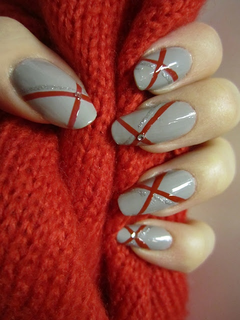 Grey & Red Nails #PFBeautyBuzz