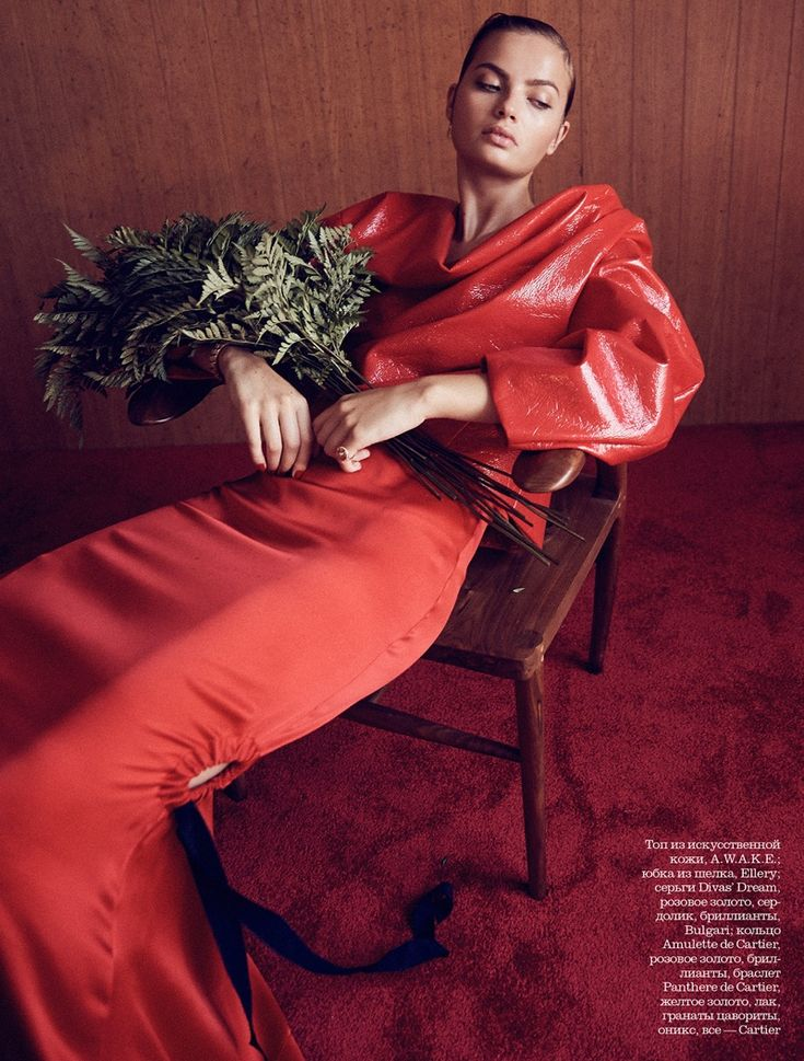 Moa Aberg looks red-hot in the December 2016 issue of Elle Russia. Photographed by Nick Hudson