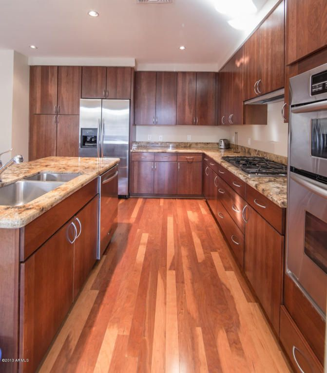 Kitchen With Upgraded Cabinets Portland Place Condos Phoenix A