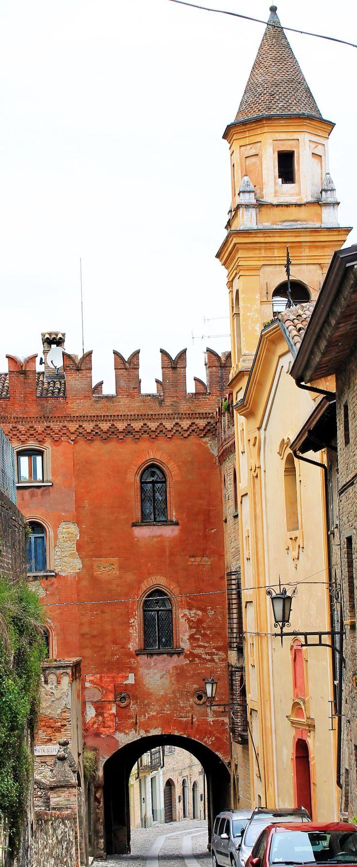 CASTELL'ARQUATO (Emilia-Romagna)- Italy - by Guido Tosatto