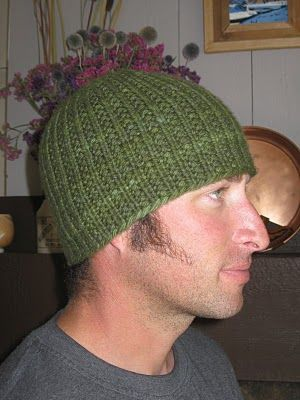 When my dad wanted me to knit him a hat I wanted to find a manly pattern.  And here it is.  I've made cute kids hats with this pattern as well.