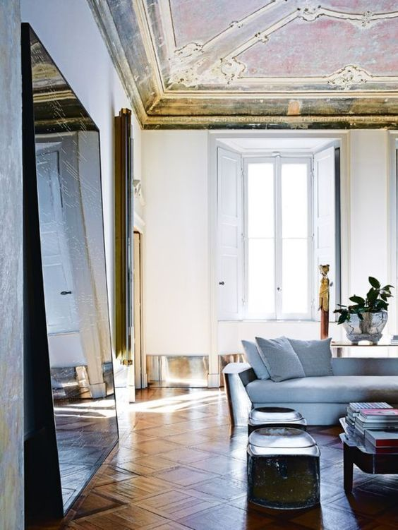 Vincenzo de Cotiis's 18th-century palazzo apartment in the heart of Milan