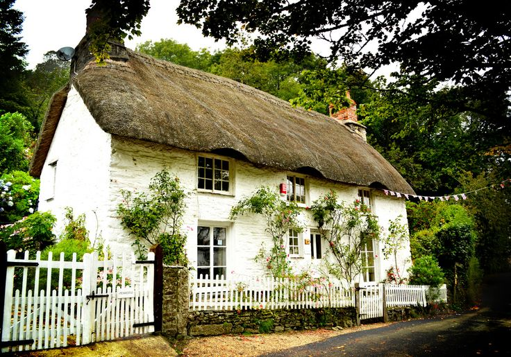 Cornish Cottage by Helen_Smith on Flickr