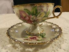 Ucagco Ceramics Iridescent Footed Pink Roses Teacup and Saucer
