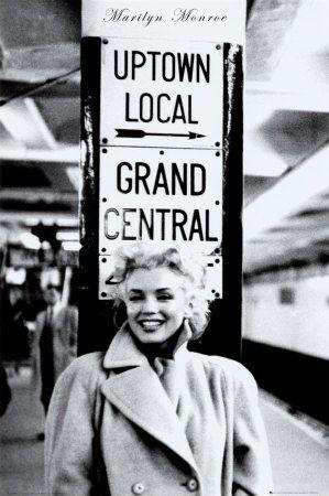 Marilyn Monroe - Grand Central Station