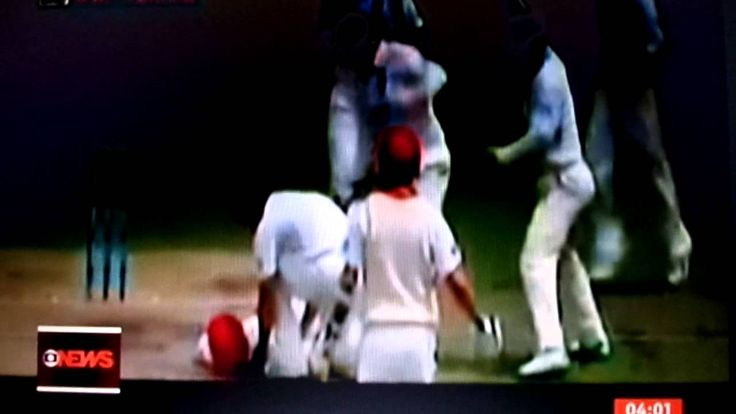 Bolada na cabeça mata jogador de críquete.