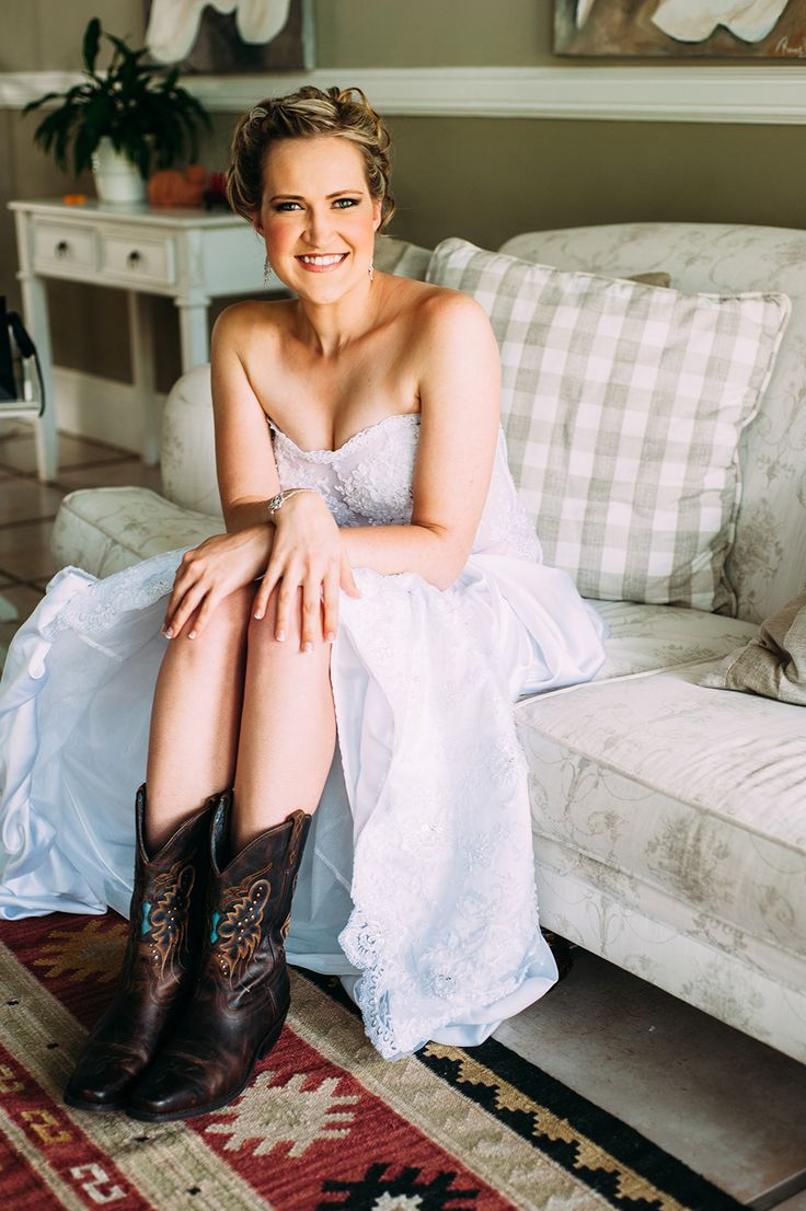 Www.westernbootssa.com #wedding #cowboy #boots