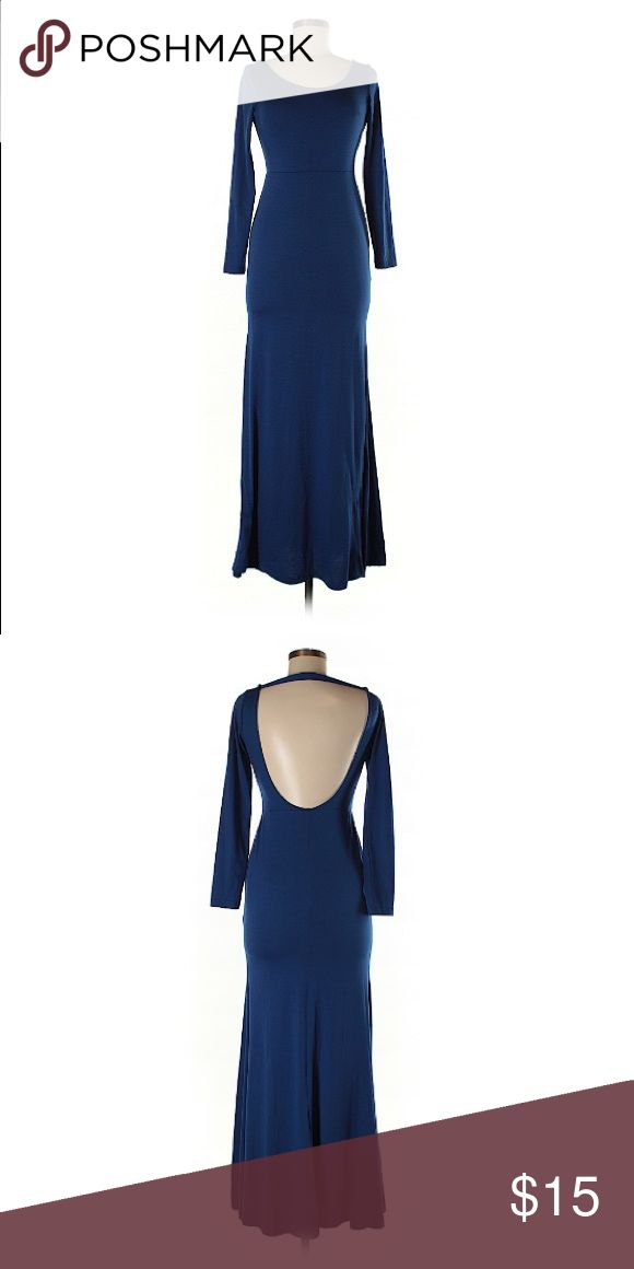 🌟 Nice Forever 🌟 I had grand ideas of actually dressing up and having a life. #Finals cramped my Fashionista vibe.    🌟 Description     • Long     • Scoop neckline     • Dark Blue      • Open back   🌟Material     • 95% Polyester, 5% Spandex   🌟 Condition     • Excellent (cause she's been in my closet, quietly weeping) Nice Forever Dresses Backless