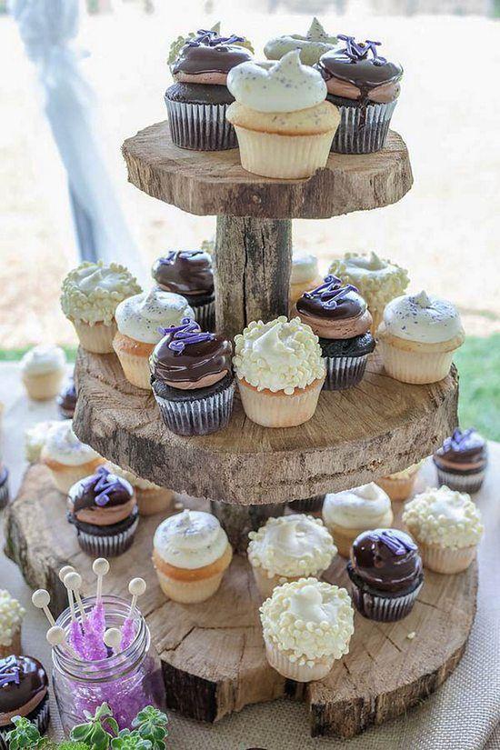 Mini Wedding Cake Wedding Cupcake / http://www.himisspuff.com/beautiful-wedding-cupcakes/4/