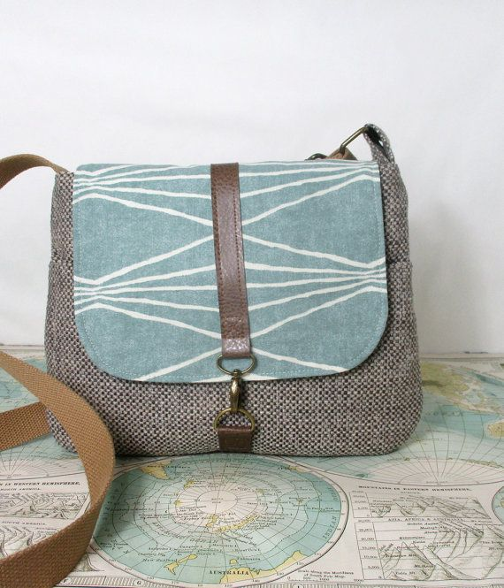 Colorado Crossbody messenger bag // Adjustable strap by atlaspast