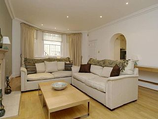 Beautiful+Larger+Than+Average+1+bed+Apartment+-+Kensington+London+++Vacation Rental in London from @homeaway! #vacation #rental #travel #homeaway