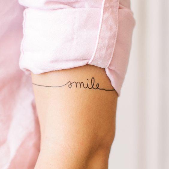 ... * bracelet wrist tattoo - This place has amazing temporary tattoos