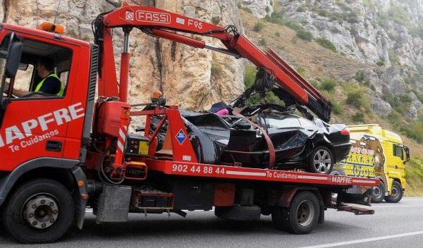 Cinco miembros de una misma familia mueren en un accidente de coche en Pancorbo https://link.crwd.fr/2uql #AlquilerDeFincaenCundinamarca #FincasEnArriendo #AlquilerdeCabañas #AlquilerDeFincasEnVillavicencio #FincasParaAlquilar #FincasDeTurismo #PaquetesTuristicos #CasasCampestres