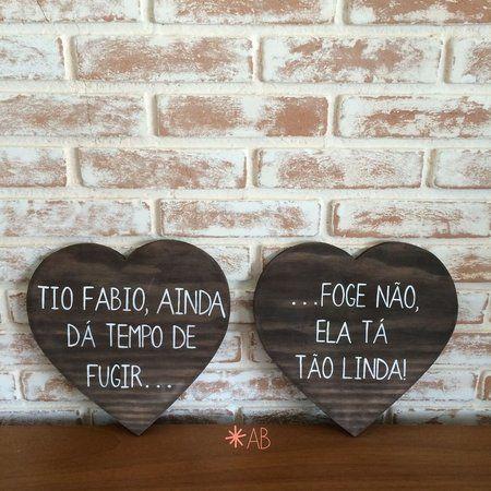 Placa painel em formato de coração para casamentos e festas