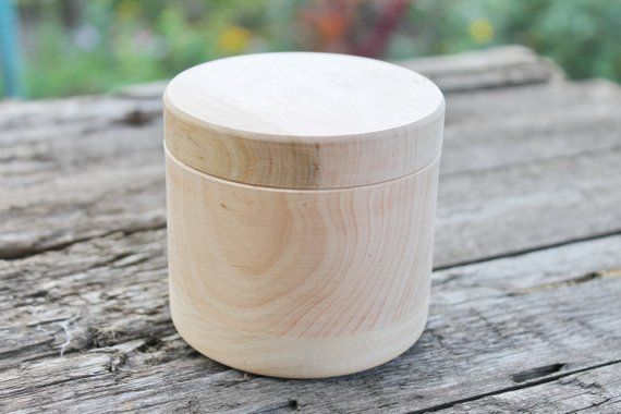 220 mm height 160 mm x 220 mm round unfinished wooden box natural with cover 160 mm diameter eco friendly